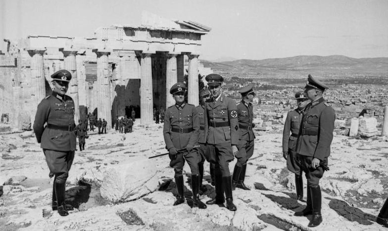 Немецкие войска в Афинах.