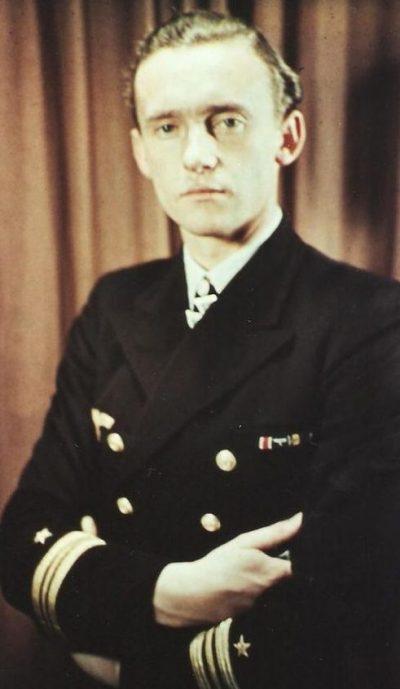 Фридрих Гуггенбергер, потопивший британский авианосец «Арк Ройял».