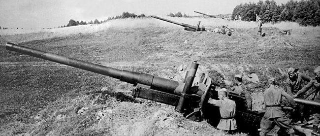 Артиллерийские позиции под Севском.