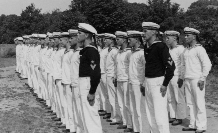 Новобранцы в школе Штральзунда. 1938 г.
