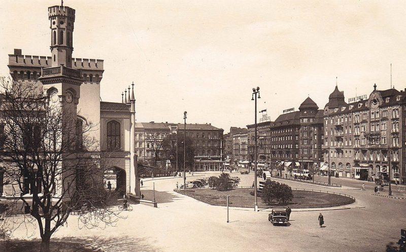 Площадь и железнодорожный вокзал Бреслау. 1940 г.