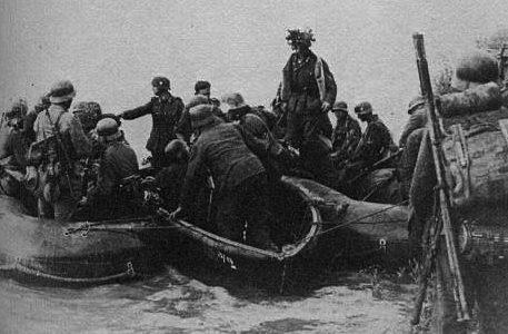 Передовая группа перед форсированием Днепра. Сентябрь 1941 г.