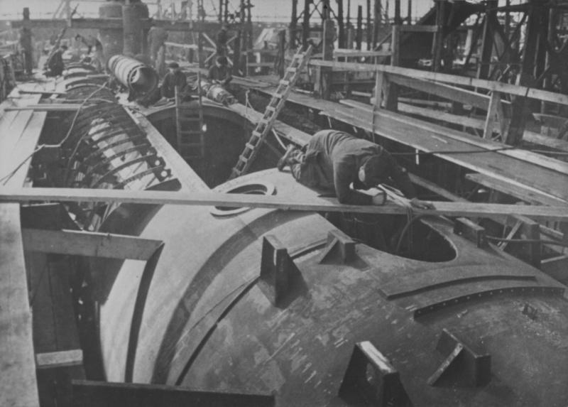 Строительство подводной лодки типа VII-C.