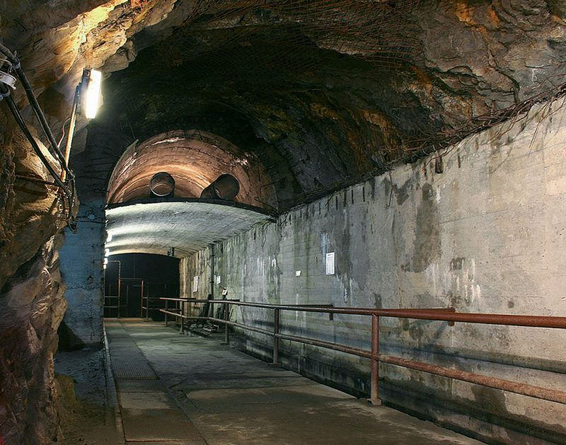 Тоннели подземного комплекса Ризе, карты которого до сих порт нет.