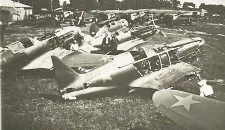 Захваченный немцами Мариупольский аэродром. Октябрь 1941 г.