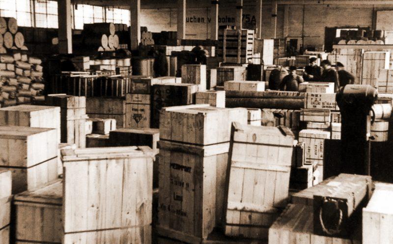Один из продовольственных складов Кригсмарине.