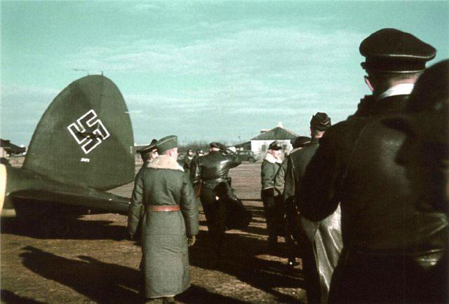 Немцы на Мариупольском аэродроме. Февраль 1943 г.
