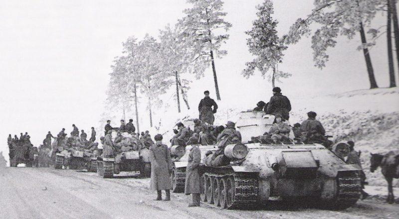 Советские танки на Житомирском направлении.