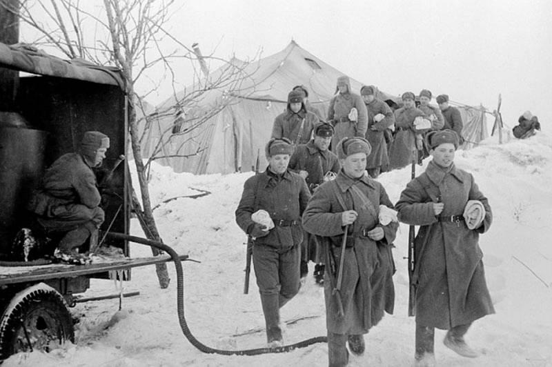 «Поход» в баню в тыловых условиях. 1941 г.