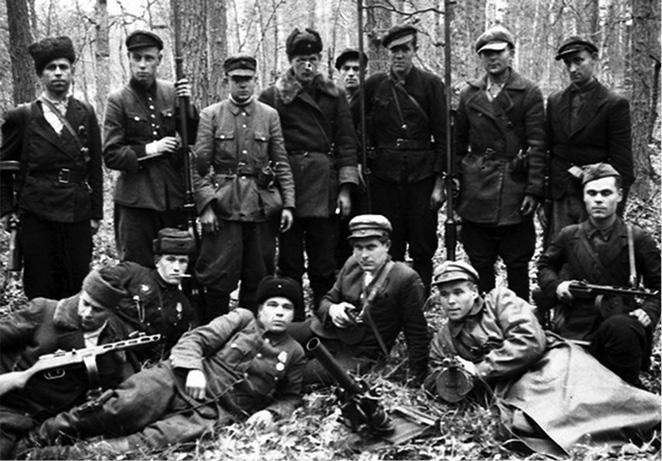 Советские партизаны на Волыни.