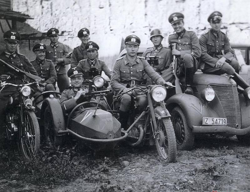 Немцы в Царском селе.