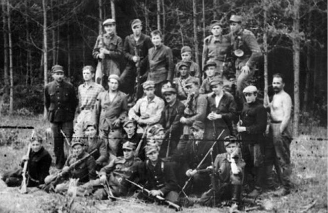 Польская самооборона села Гута Степанская.