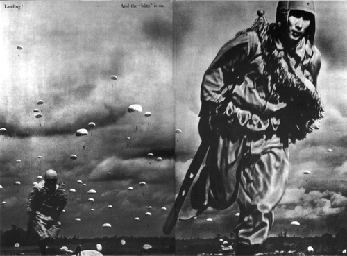 Десантники во время битвы при Палембанге, остров Суматра. 1942 г.