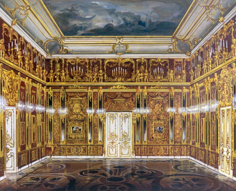 Макет Янтарной комнаты, выполненный по фотографиям довоенного времени.