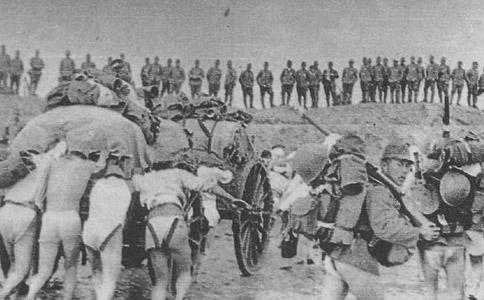 Японский десант высаживается под Шанхаем. Сентябрь 1937 г.