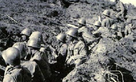 Японские морские пехотинцы на осаде Шанхая. Сентябрь 1937 г.