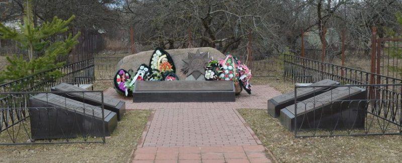 п. Пржевальское Демидовского р-на. Памятное место, где 16 июля 1941 года произошел первый на Смоленщине бой партизан отряда Шульца.