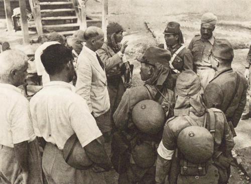 Японские морские войска вторгаются на Андаманские острова. 1942 г.