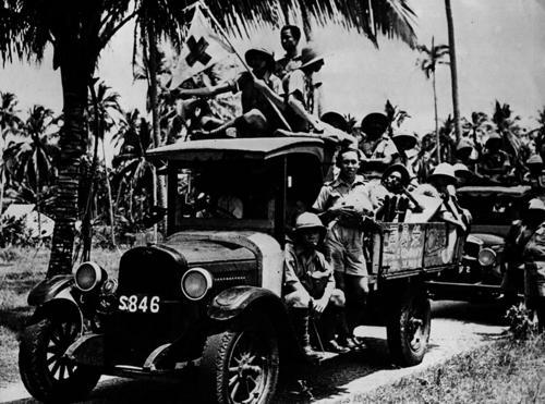 Японские врачи во время битвы на Сайпане. Июль 1944 г.