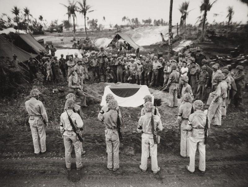 Похороны японского генерала Ёсицугу Сайто. Сайпан, июль 1944 г.