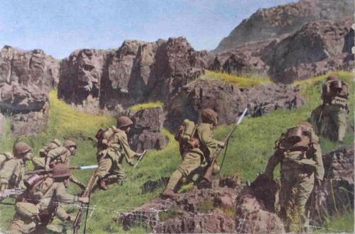 Солдаты японской армии в Китае. 1942 г.