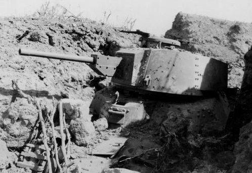 Танк Тип 97 на острове Иводзима. 1945 г.