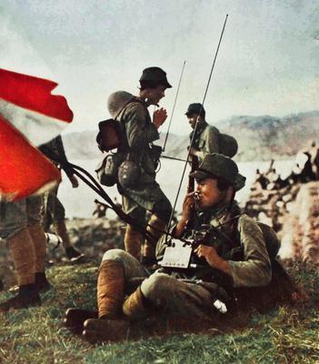 Японские радисты на Филиппинах. 1942 г.