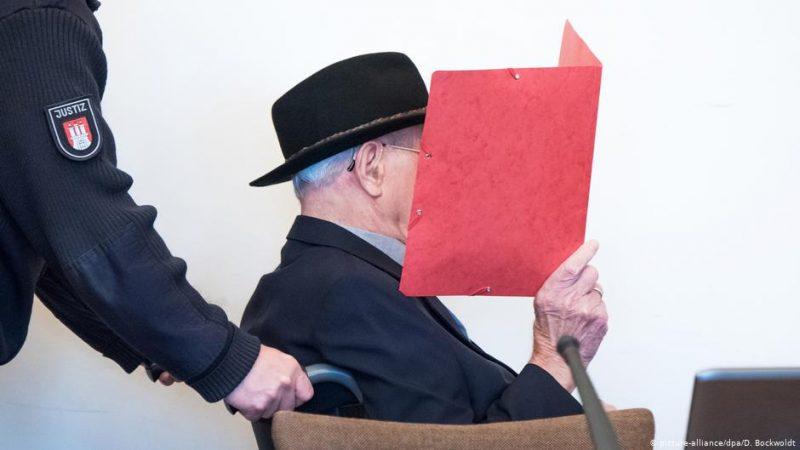 Бывший охранник концлагеря Штутгоф Бруно Д. на суде.