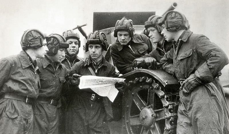 Танкисты на учениях. 1939 г.