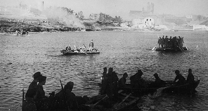 Форсирование Нарвы войсками 2-й ударной армии.