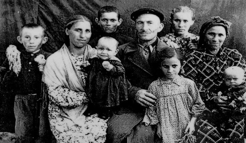 Переселенцы в Киргизской ССР.