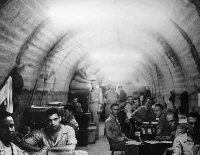 Штаб союзников в туннелях Малинта.
