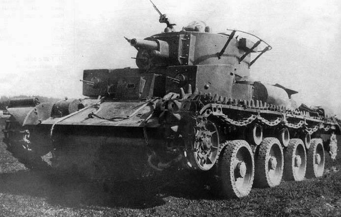 Советский средний колесно-гусеничный танк Т-29. 1939г.