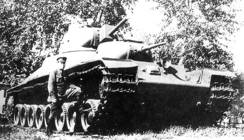 Советский тяжелый танк прорыва Т-100. Ноябрь 1939 г.