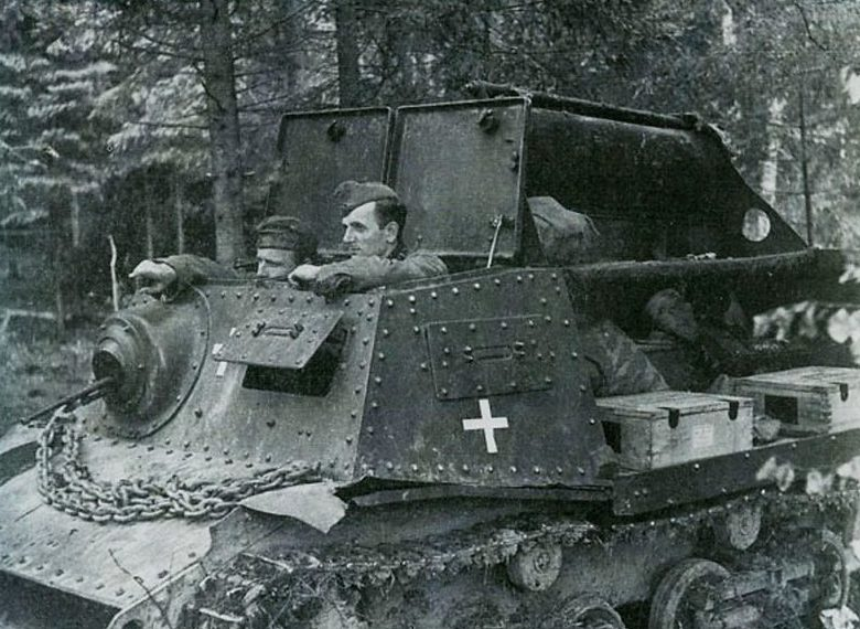 Советский танк на службе у немцев. 1941 г.