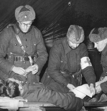 Оказание медицинской помощи. Январь 1940 г.