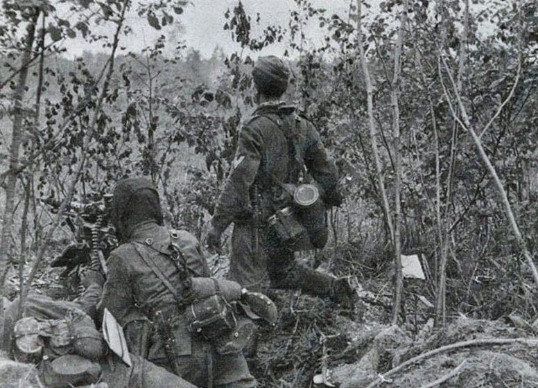 Немецкие войска в районе Волхова. 1942 г.