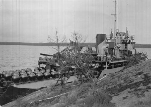 Финский минный заградитель «Руоцинсалми». 1941 г.