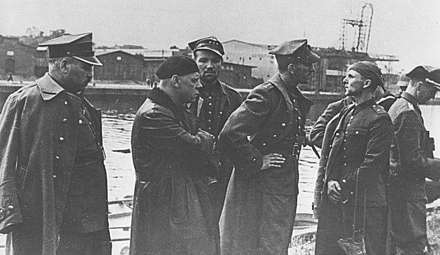 Военнопленные польские офицеры - защитники Вестерплатте. 7 сентября 1939 г.