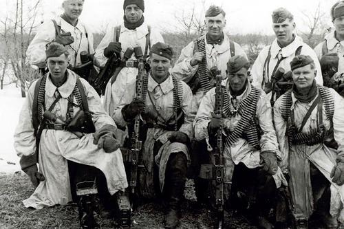 Финский ударный отряд СС у реки Миус. Весна 1942 г.