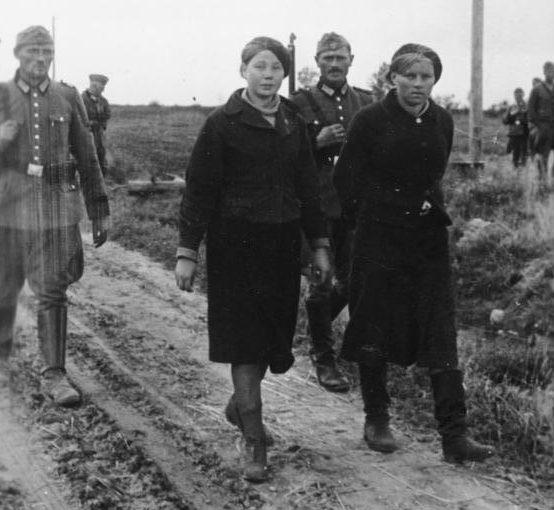 Задержанные партизанки. Сентябрь 1942 г.