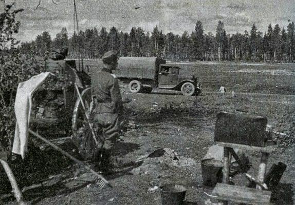 Немецкие войска на опушке Волховского леса. 1942 г.