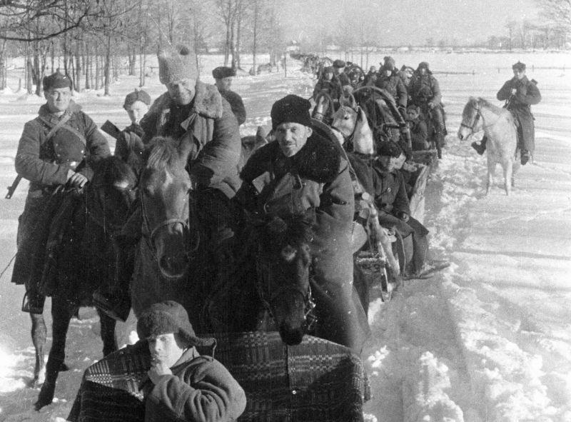 Партизаны соединения Сидора Ковпака в Пинской области. Январь 1943 г.
