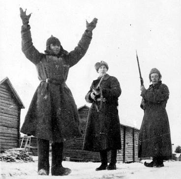 Захваченный в плен красноармеец. 1940 г.