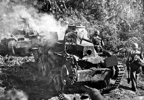 Подбитый японский танк типа 95 «Ha-Gō» на острове Гуам. Август 1944 г.