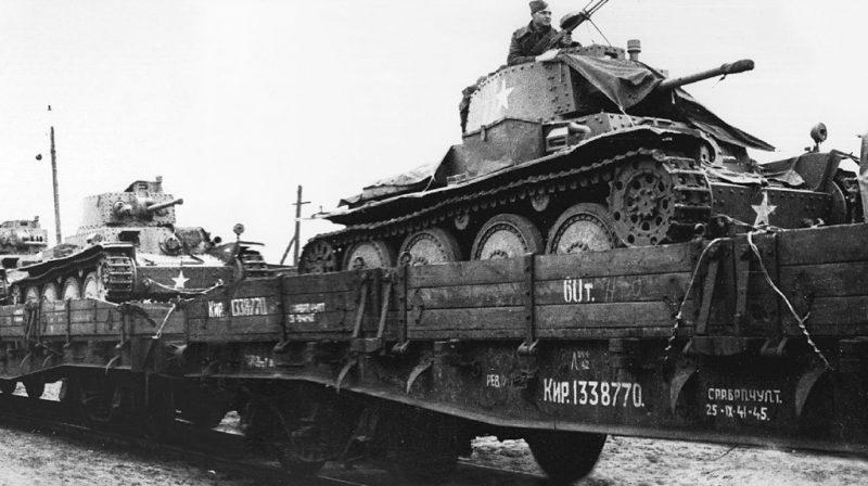 Эшелон с трофейными легкими танками Pz.38(t). 1942 г.
