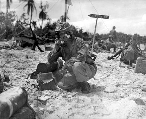 Командный пункт береговой группы на острове Палау. Сентябрь 1944 г.