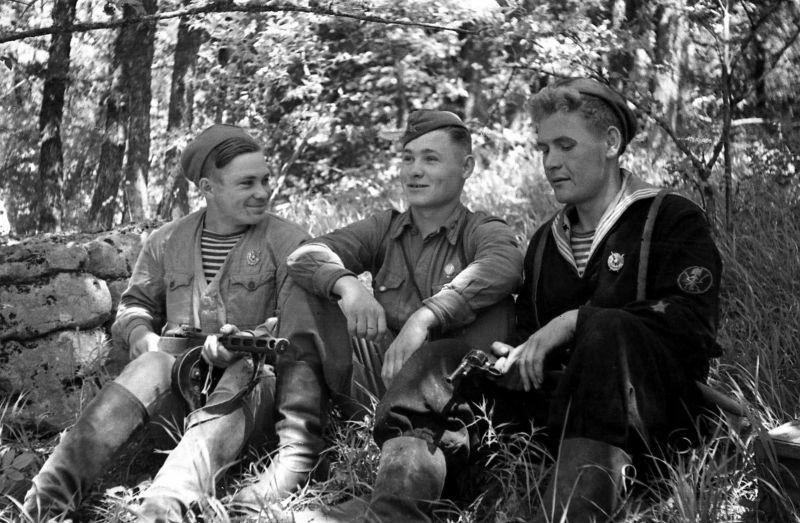 Партизаны 2-го отряда им. Городовикова. Август 1943 г.