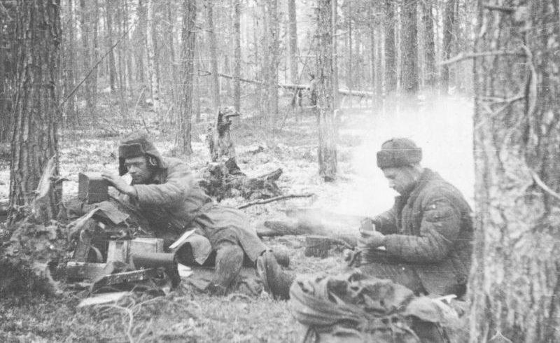 Партизанский отряд «Большевик Заполярья» в тылу противника. Октябрь 1943 г.