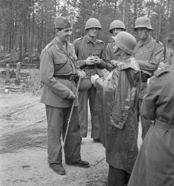 Шведские добровольцы на фронте Ханко. 8 июня 1941 г.